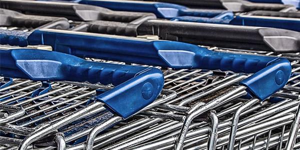 Compres i distribució de material